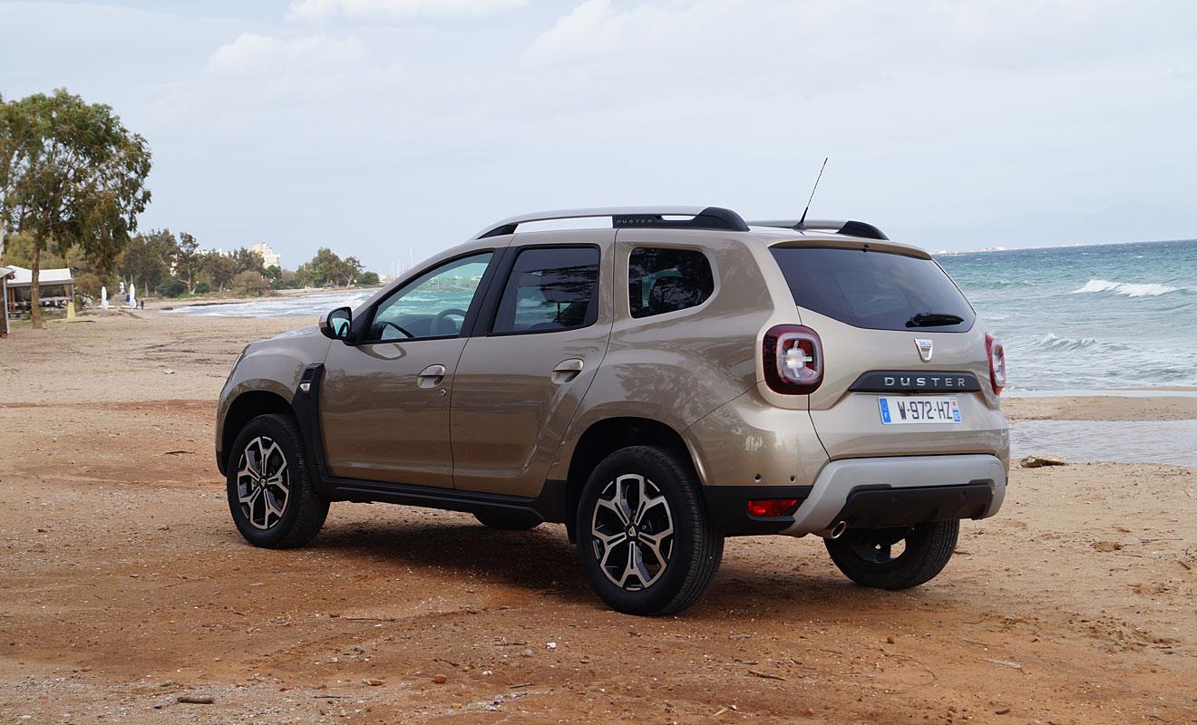 Der Dacia Duster eignet sich auch als Strandauto. Foto: AG/Flehmer