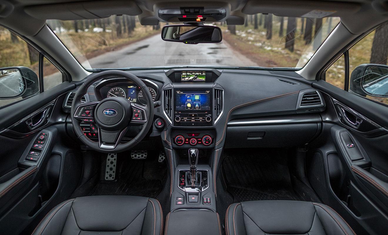 Das Cockpit des XV. Foto: Subaru